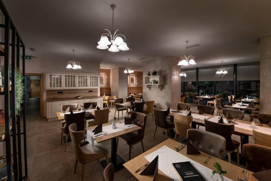 Vila Pohorje Slovenj Gradec restavracija